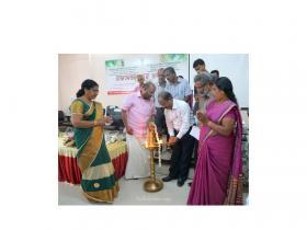 Lighting the lamp- Hon' Vice Chancellor, KAU