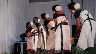 Embedded thumbnail for വയനാട്ടിലെ ആദിവാസി സംഗീതം - പണിയരുടെ കമ്പളനാട്ടി
